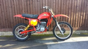 Honda CR250R Elsinore-Red Rocket