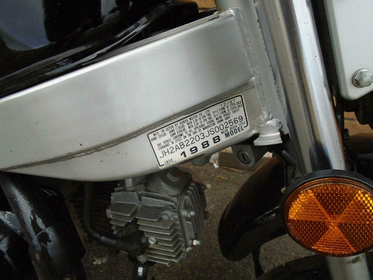 1988 HONDA ZB50 ROAD LEGAL MINI BIKE BLACK! For Sale (picture 5 of 6)