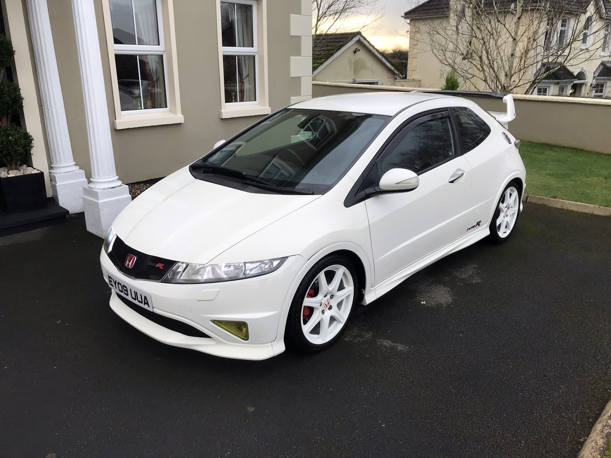 2009 Honda Civic Championship White Ltd Edt 183 of 600 SOLD (picture 3 of 6)