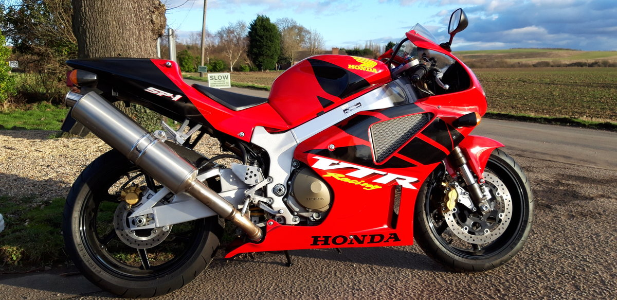 2000 Honda RC51 VTR 1000 SP1 For Sale (picture 1 of 5)
