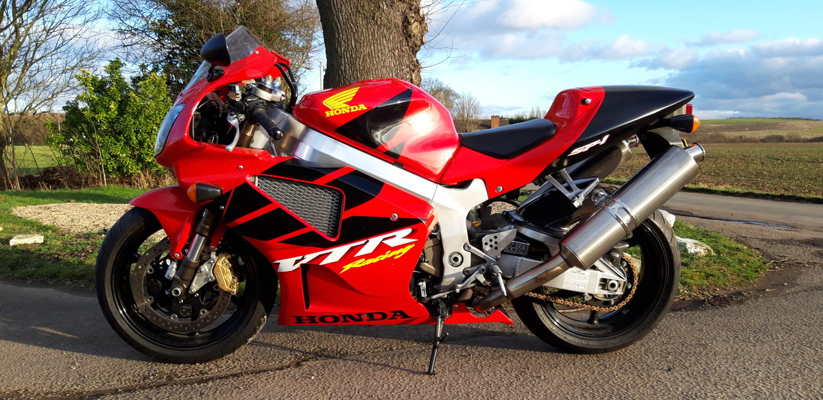 2000 Honda RC51 VTR 1000 SP1 For Sale (picture 2 of 5)