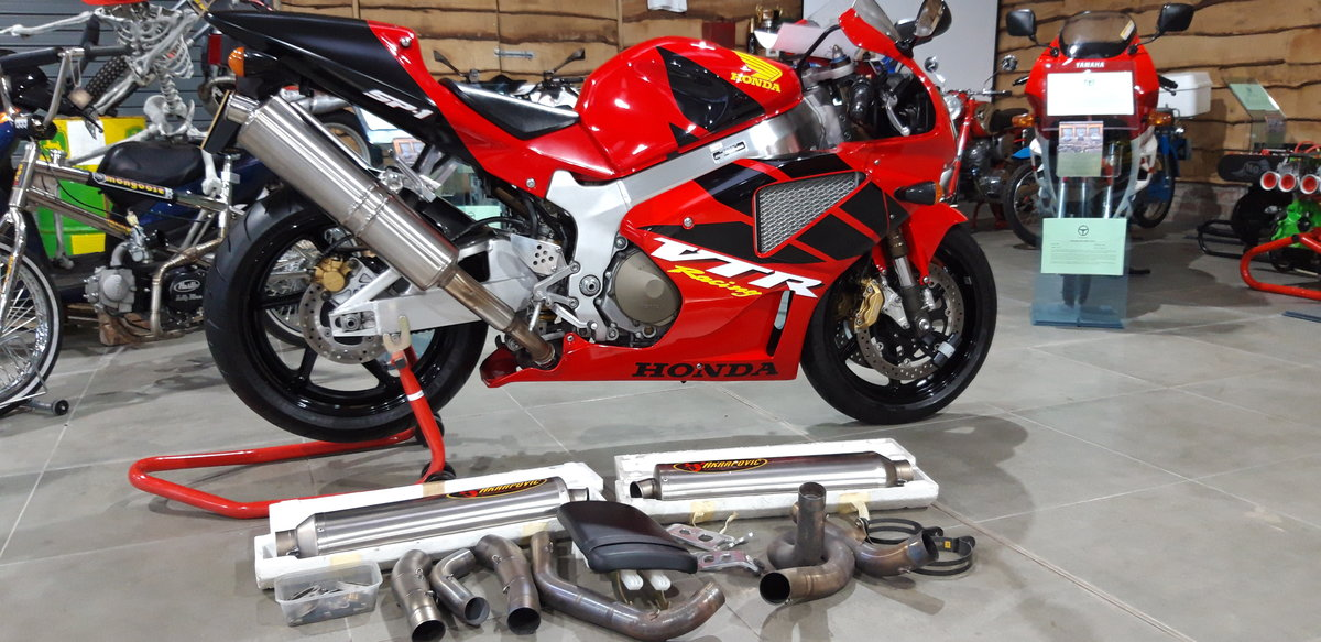 2000 Honda RC51 VTR 1000 SP1 For Sale (picture 6 of 6)
