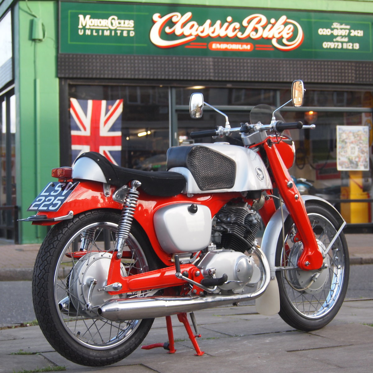 1961 Probably The Best Honda CB92. SOLD TO CAROLE. SOLD (picture 1 of 6)