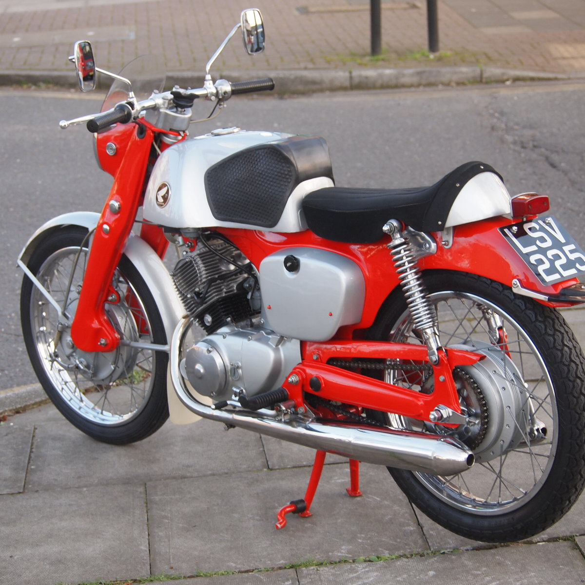 1961 Probably The Best Honda CB92. SOLD TO CAROLE. SOLD (picture 5 of 6)