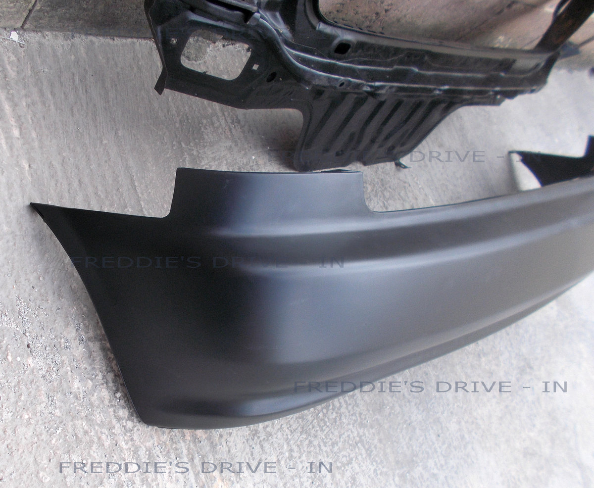 1992 Rear Panel and Rear Bumper _ (New) For Sale (picture 2 of 4)