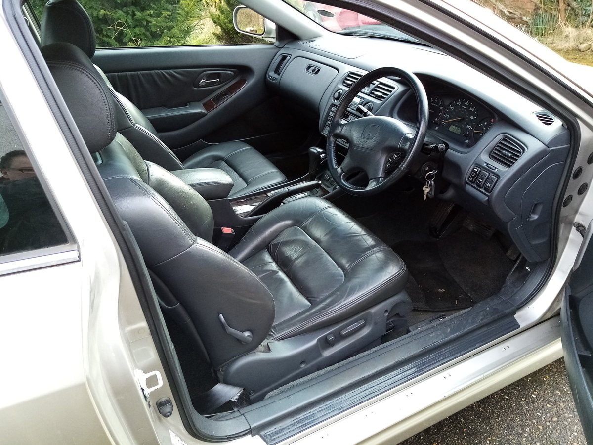 1999 Honda Accord V6 3.0i Coupe ( very rare) For Sale (picture 3 of 3)