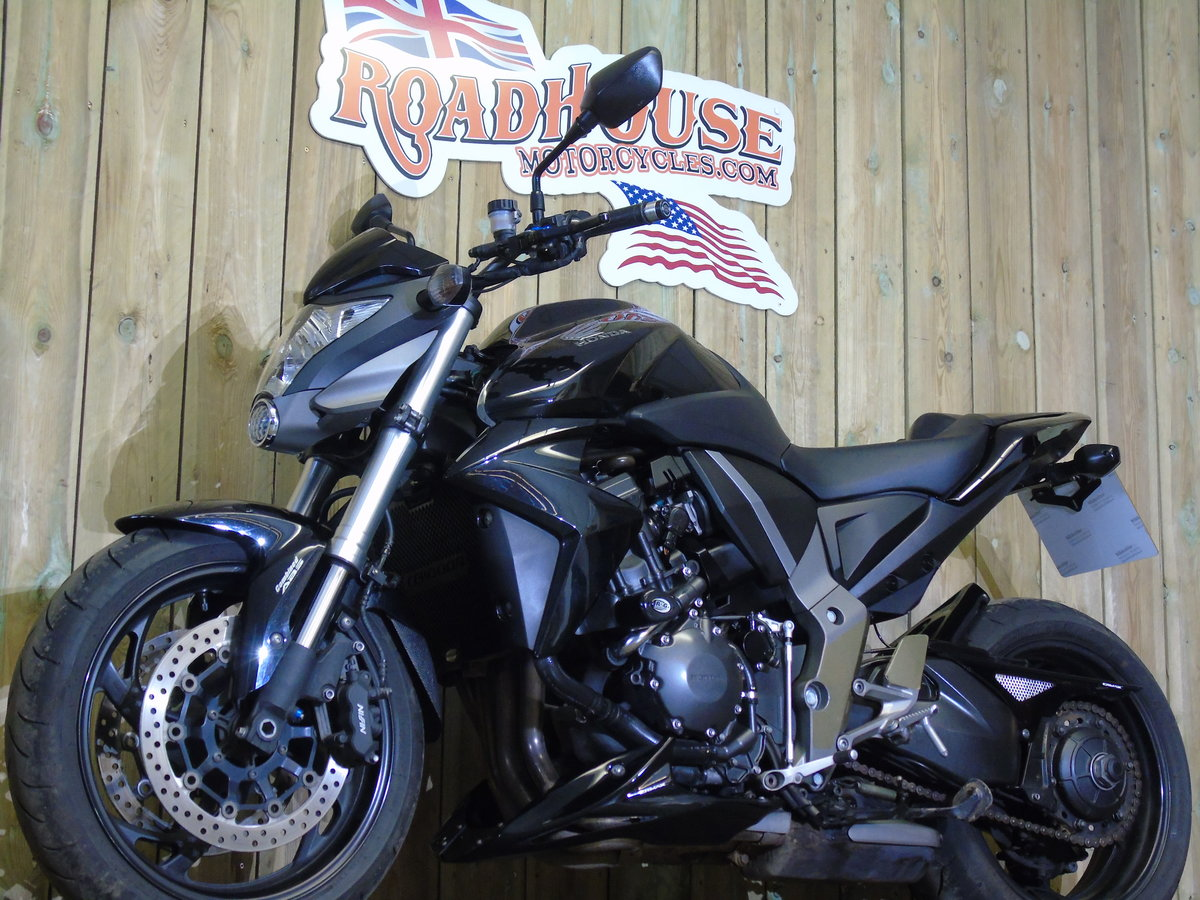 Honda CB 1000R 2012 Service History, £££'s Of Extras For Sale (picture 4 of 6)
