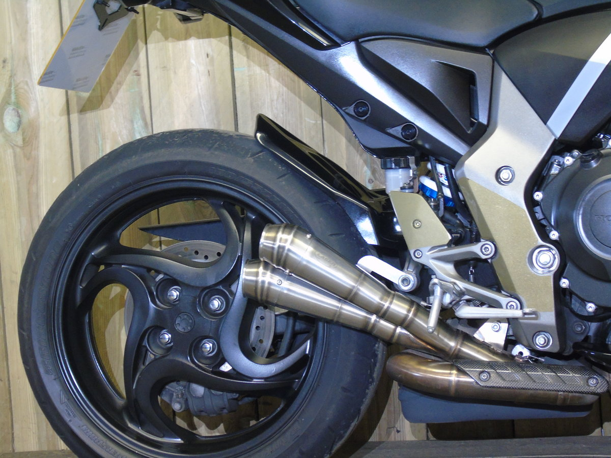 Honda CB 1000R 2012 Service History, £££'s Of Extras For Sale (picture 5 of 6)