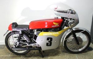 Picture of 1962 Honda RC142/143 Triubute 125 cc Four Stoke  Twin Road Reg SOLD