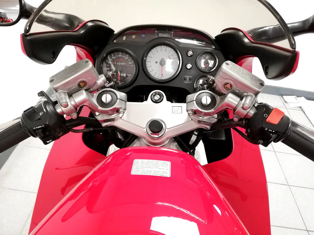 1997 Honda VFR 750F For Sale (picture 5 of 6)