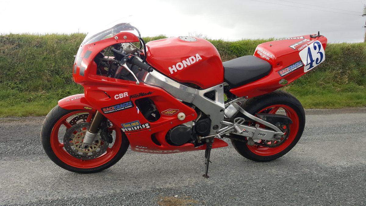 Honda CBR 900 Fireblade RRN Race Bike 1992 For Sale (picture 1 of 5)