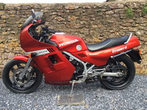 1985 Honda VF1000F2 Bol Dor rare original and excellent