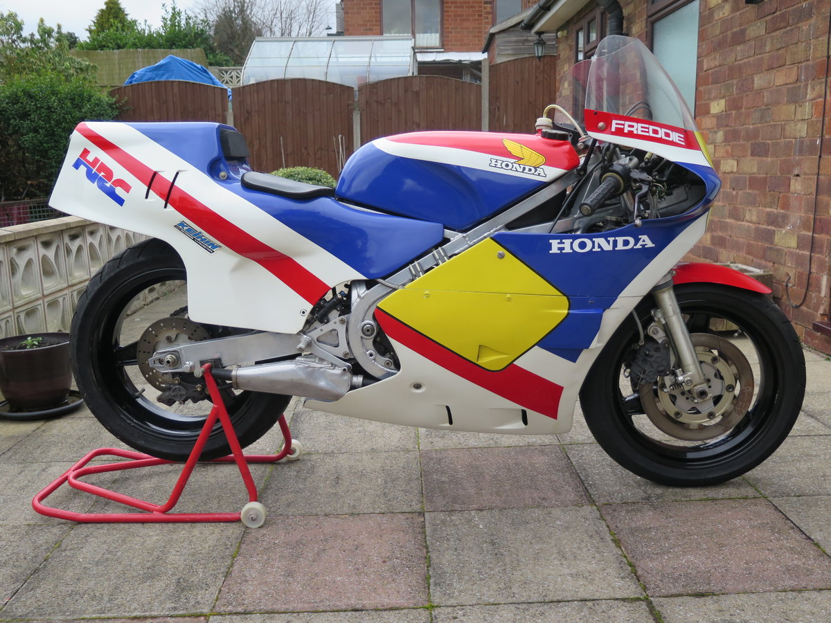 1984 Honda RS 500 R - 06/05/20 SOLD by Auction (picture 1 of 4)
