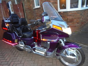 Honda goldwing 1500 fully loaded stunning