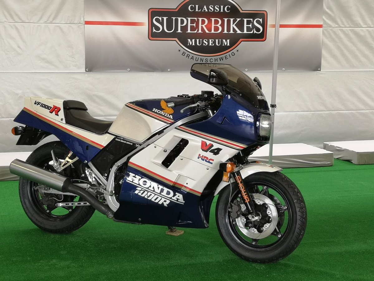 1986 Honda VF 1000 R Rothmans, restaurated, Museum Bike For Sale (picture 6 of 6)
