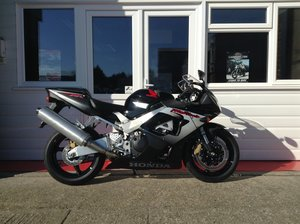 Honda CBR900RR-Y Fireblade Brand New, Unregistered