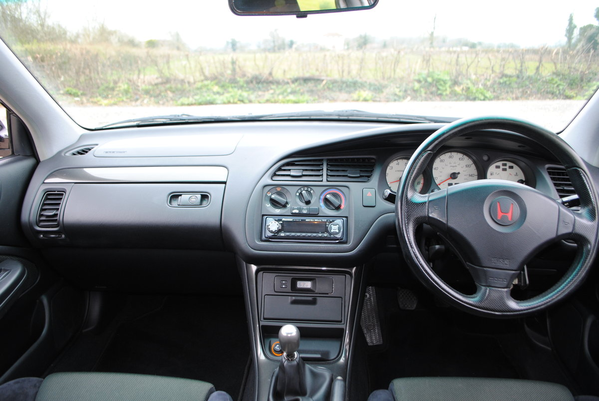 1999 Honda Accord 2.2 i Type R 4dr For Sale (picture 5 of 6)
