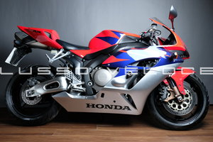 Picture of 2005 Honda CBR 1000 RR5 Firblade