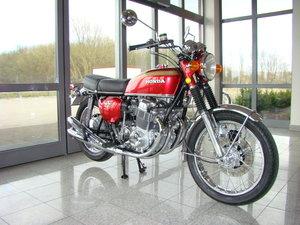 Honda CB750 Four K1 1971 VIDEO !