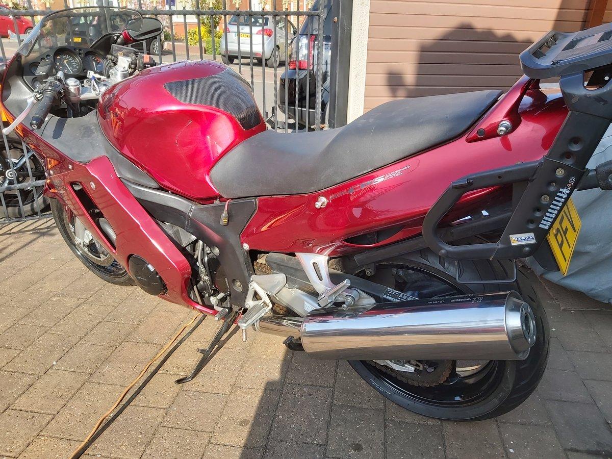 1998 Honda cbr1100xx super blackbird For Sale (picture 2 of 6)
