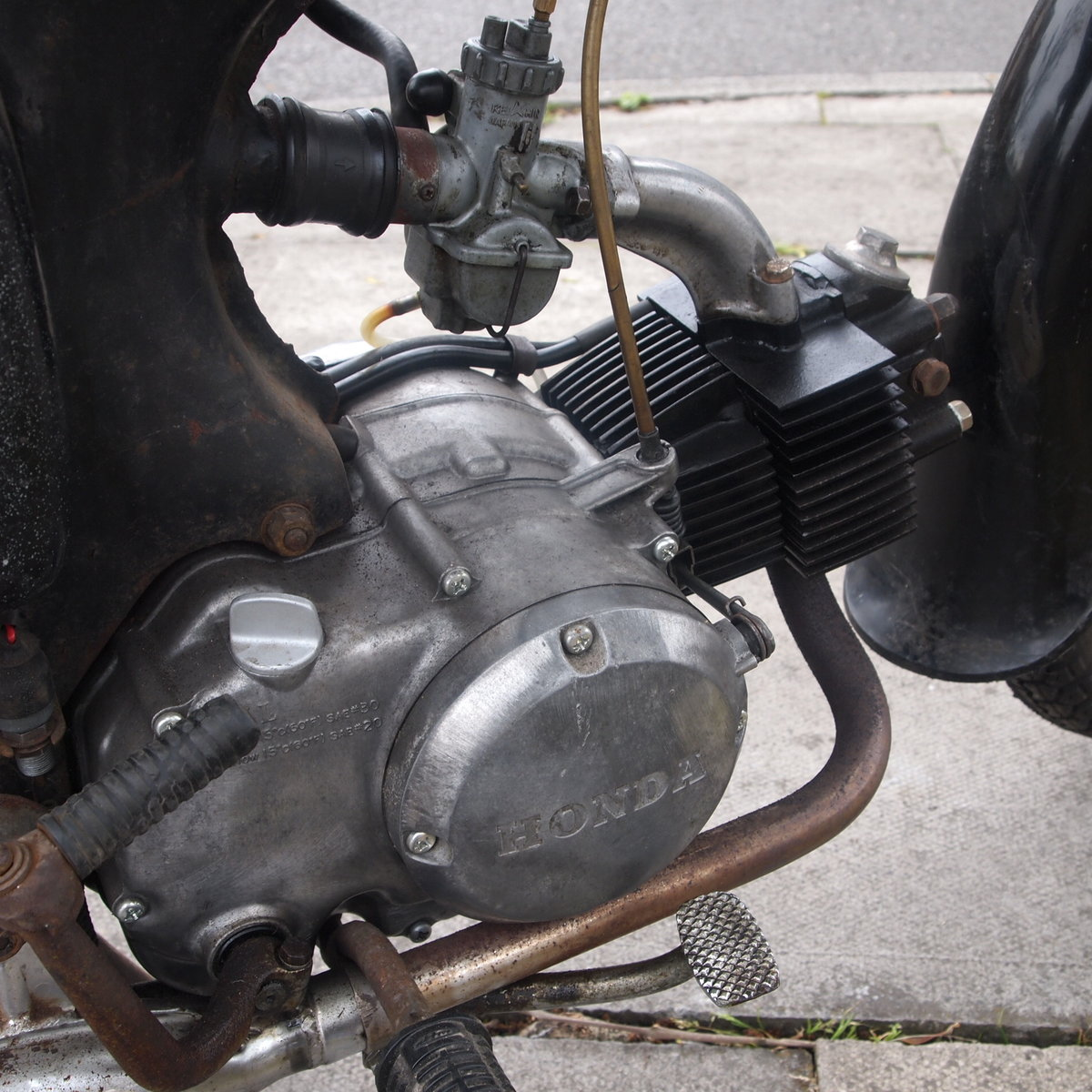 1967 Honda C200 Original Running UK Bike, RESERVED FOR ALAN. SOLD (picture 4 of 6)