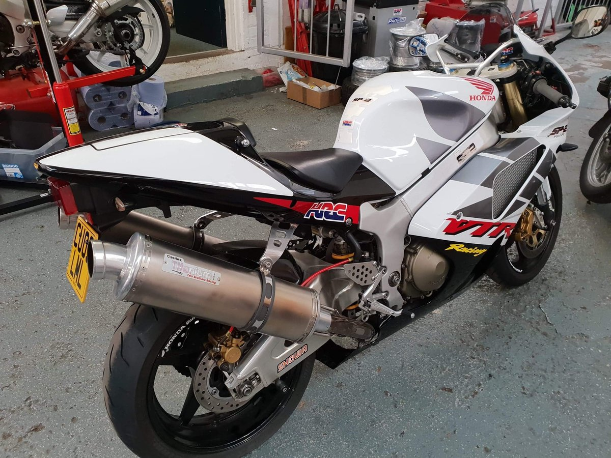2003 Honda vtr1000 sp-2 excellent condition SOLD (picture 1 of 6)