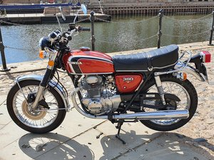 Gorgeous looking cb350  nationwide delivery