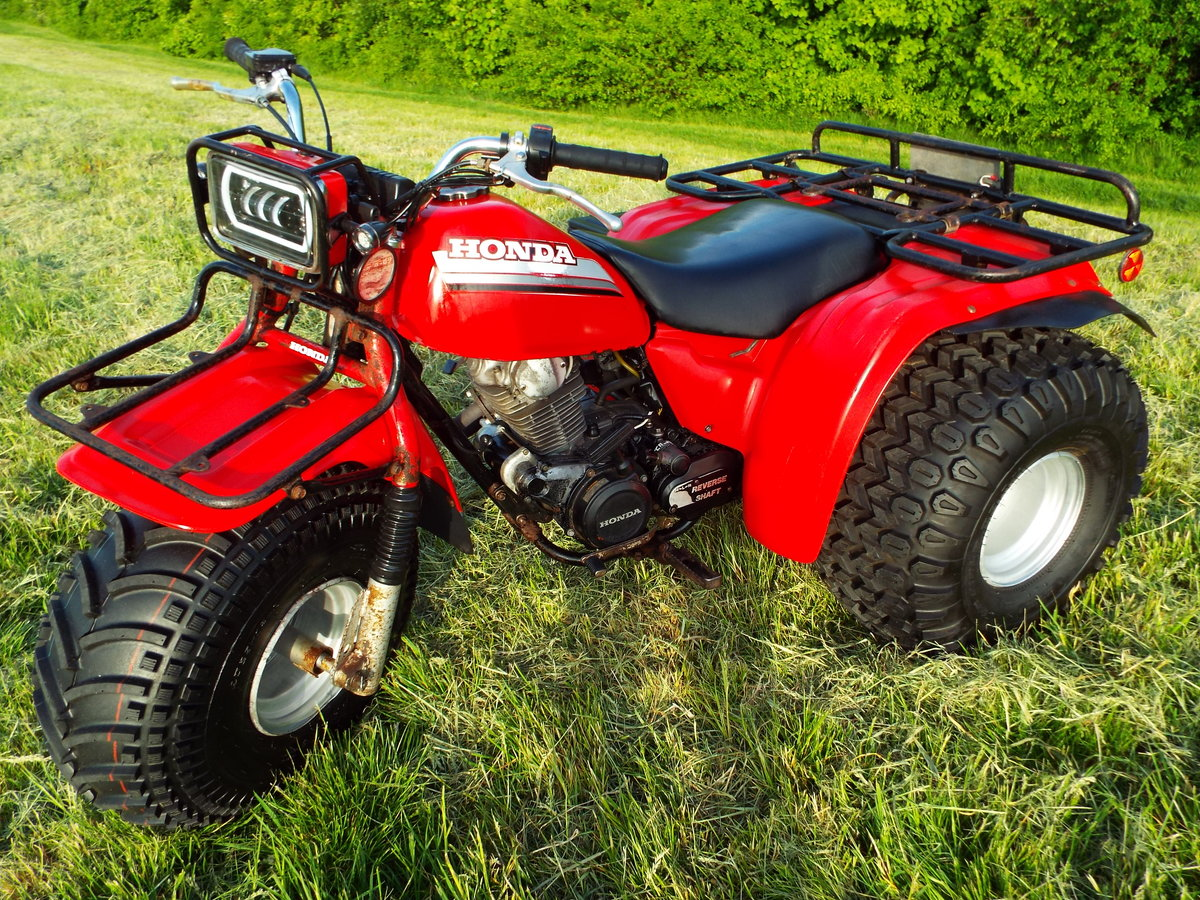 1985 Honda big red atc 200es 1 previous owner v5 For Sale (picture 1 of 6)
