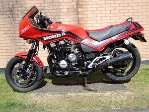 Honda CBX750 Project Bike  V5 HPI