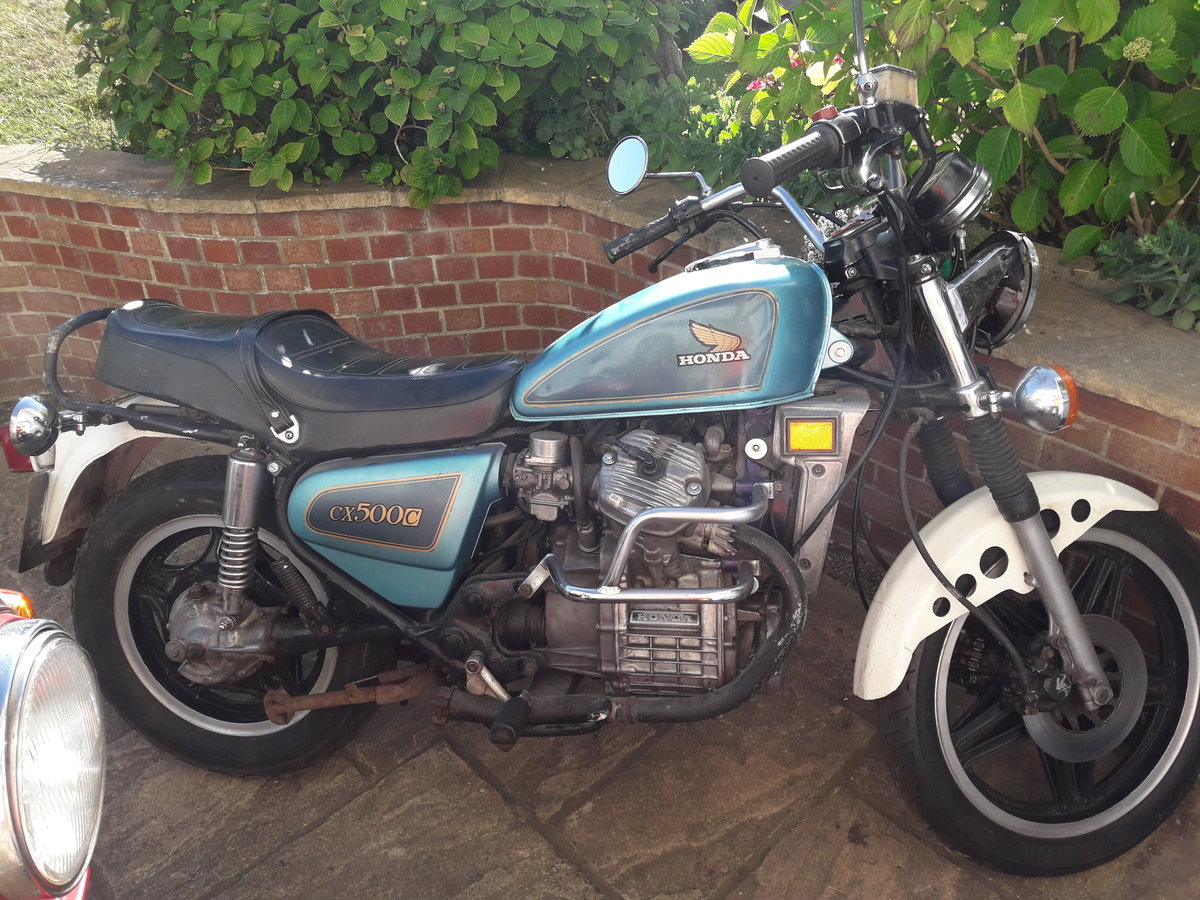 1982 2 x honda cx500 custom and spairs For Sale (picture 2 of 6)