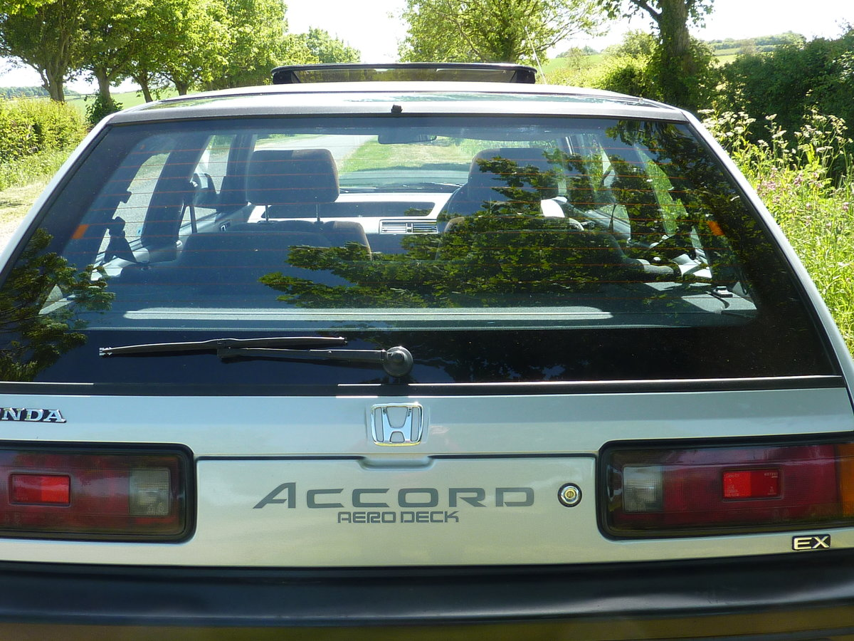 1988 Honda Accord Aerodeck EX Auto Low miles SOLD (picture 5 of 6)