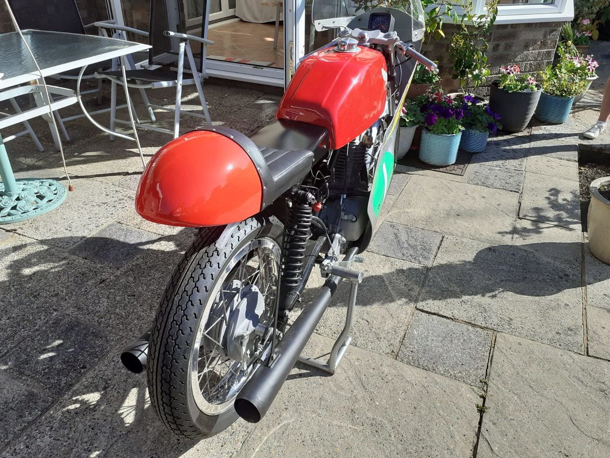 2020 Honda CB250RS Mike Hailwood Race Replica For Sale (picture 2 of 5)