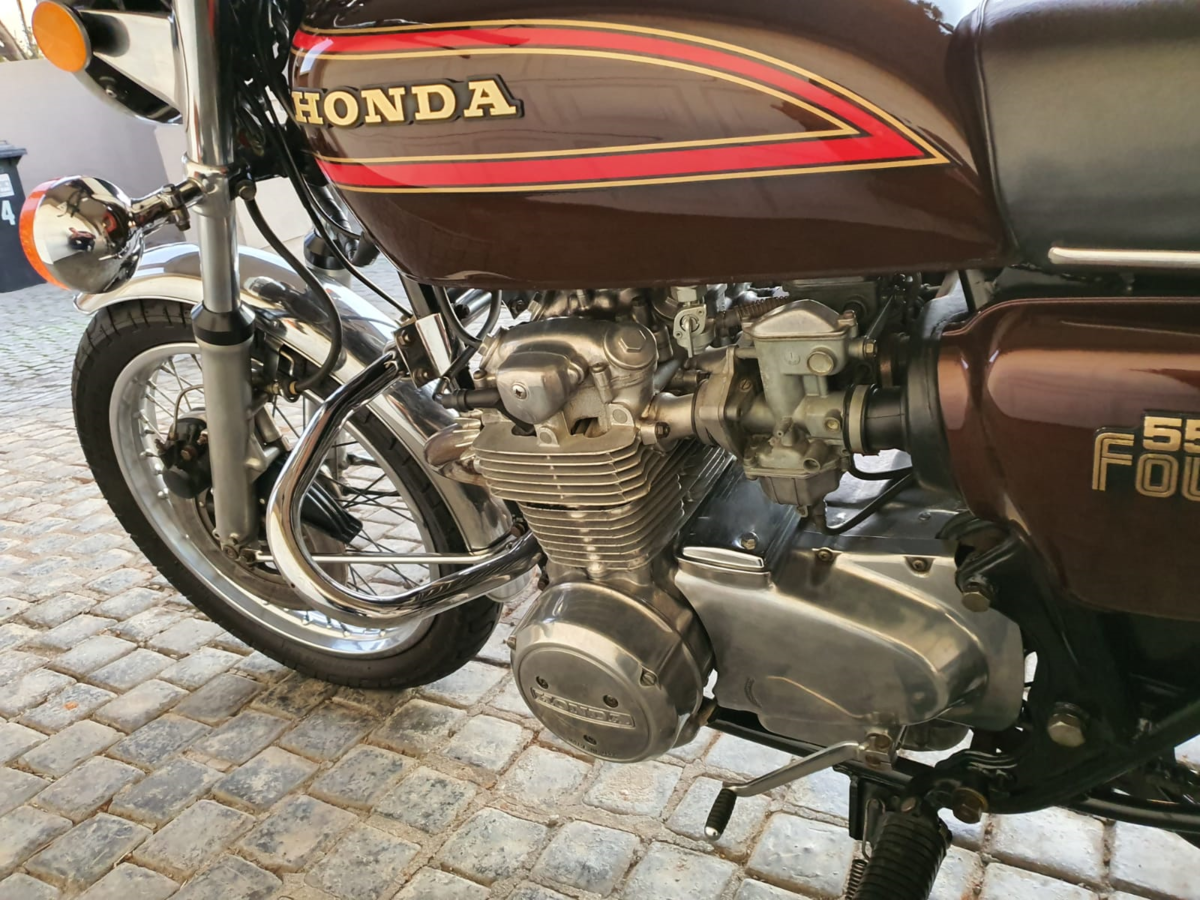 1977 Honda CB550k  as new with only 6000km! SOLD (picture 3 of 6)