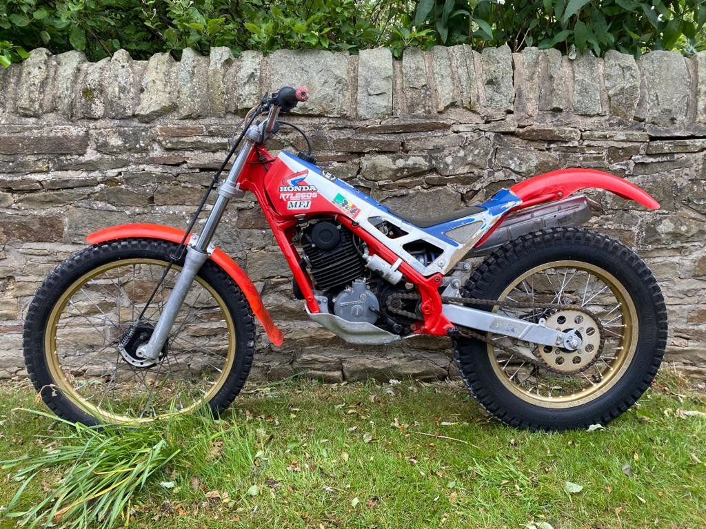 HRC Honda RTL250S RTL250 Classic Trials 1985/1986 For Sale (picture 1 of 6)