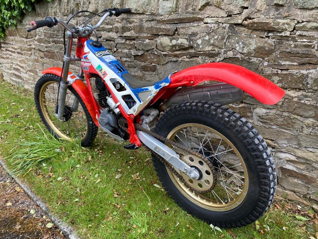 HRC Honda RTL250S RTL250 Classic Trials 1985/1986 For Sale (picture 3 of 6)
