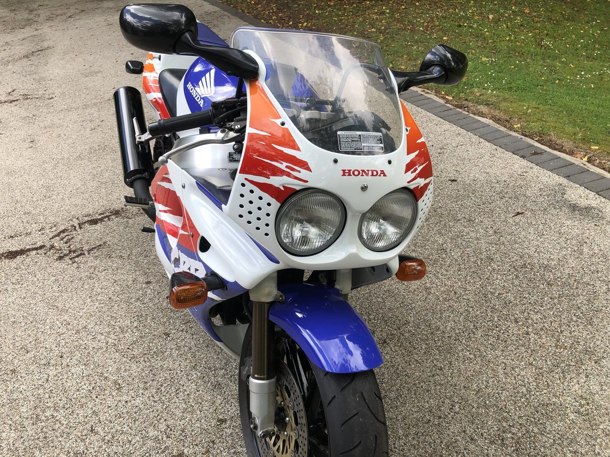 1992 UK Fireblade first model For Sale (picture 4 of 6)