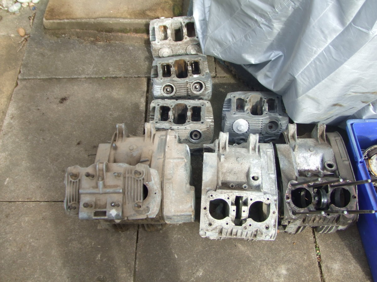 1964 Job-lot Honda CB72 parts, enough to build 2+ bikes For Sale (picture 5 of 6)