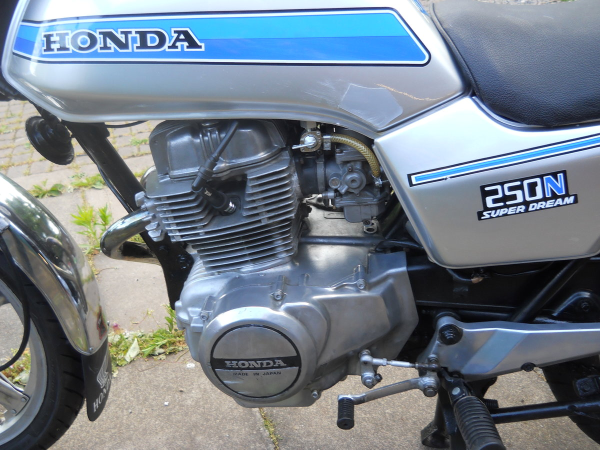1980 Honda CB250N SOLD (picture 5 of 6)