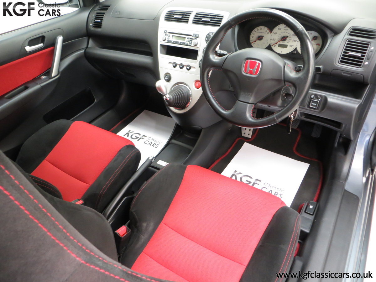 2005 A UK Honda Civic Type R EP3 with 42,981 Miles SOLD (picture 14 of 24)