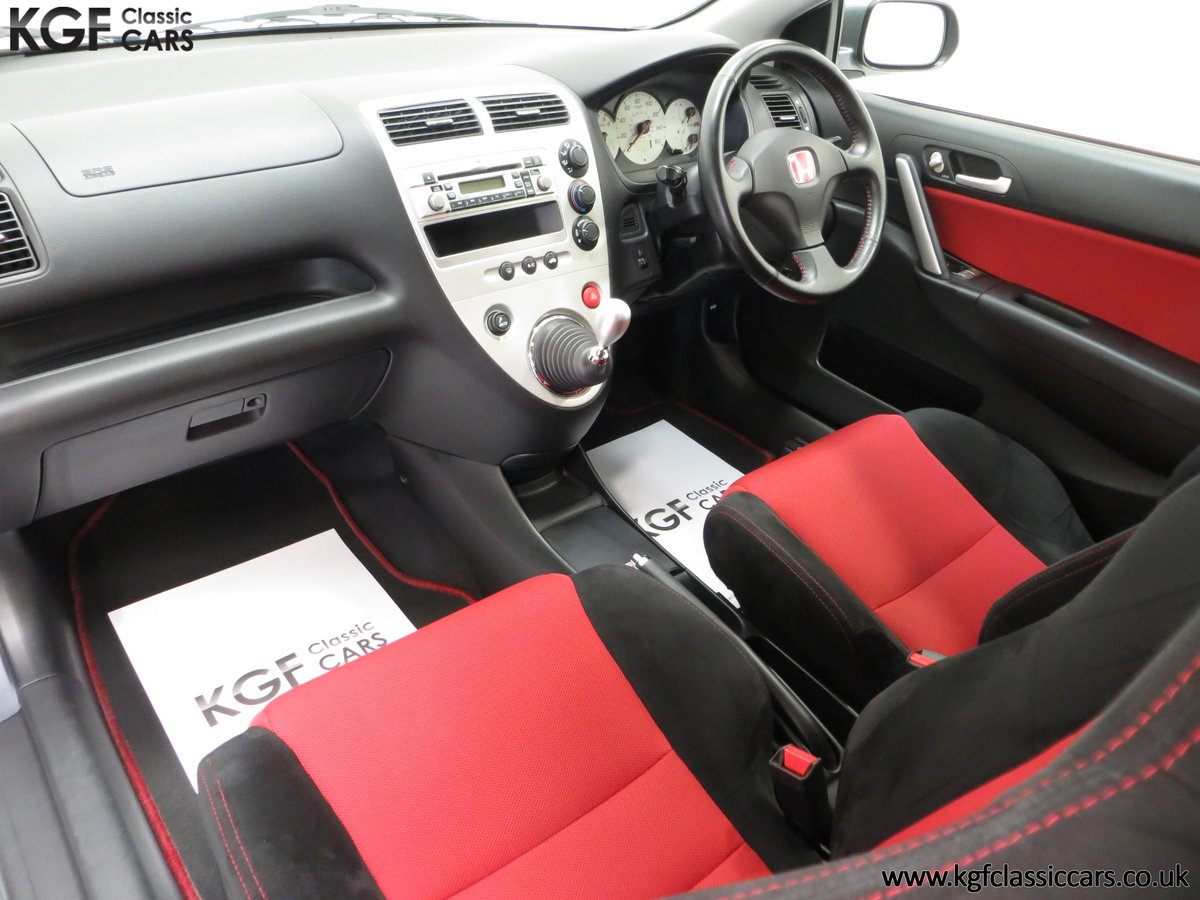 2005 A UK Honda Civic Type R EP3 with 42,981 Miles SOLD (picture 18 of 24)