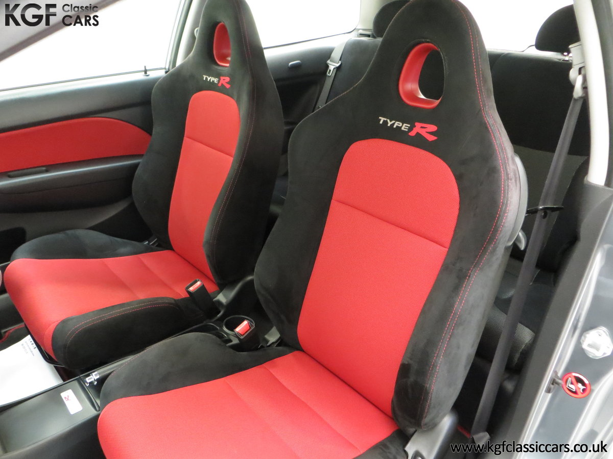 2005 A UK Honda Civic Type R EP3 with 42,981 Miles SOLD (picture 19 of 24)