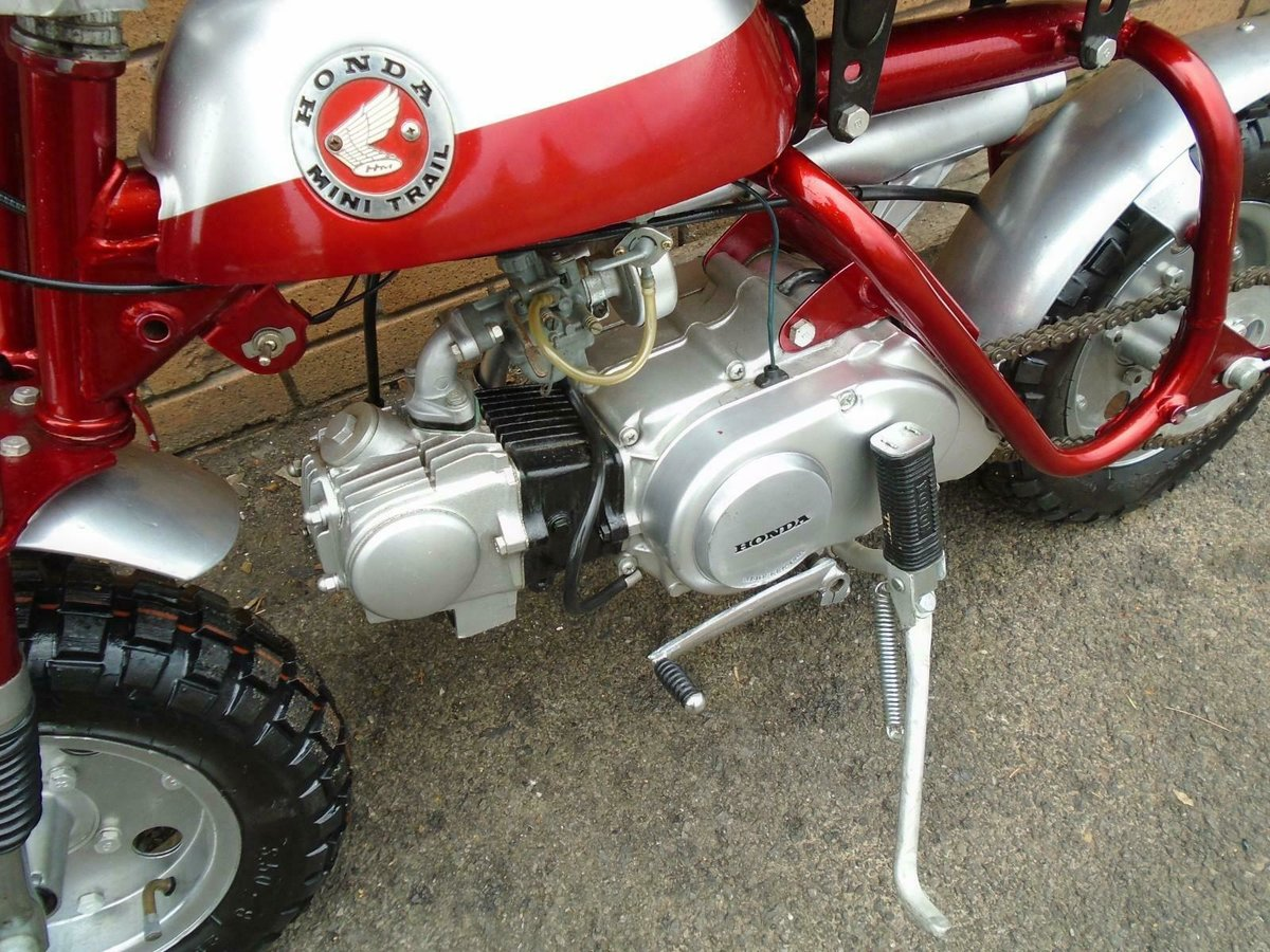 1969 HONDA Z50A K0 MINI TRAIL CANDY RED FULLY RESTORED SOLD (picture 4 of 6)