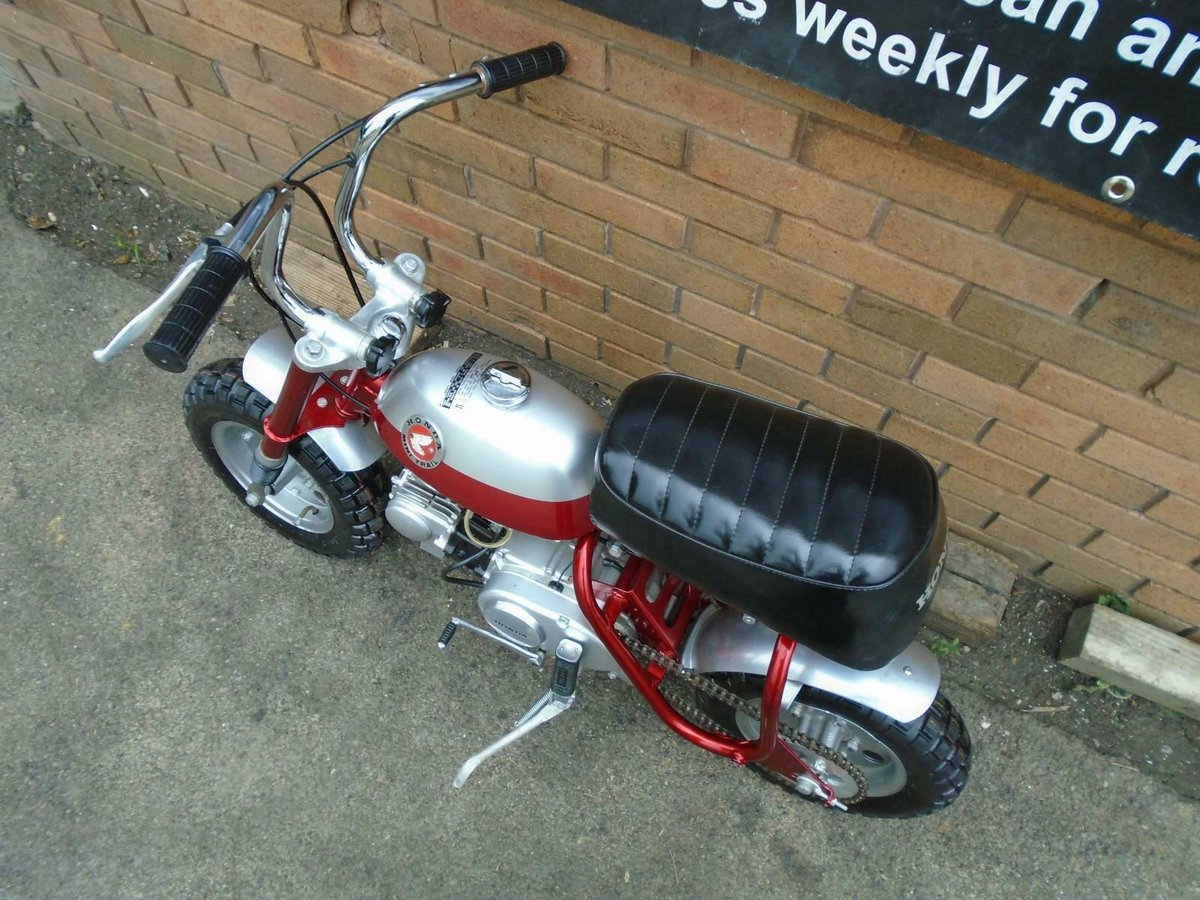 1969 HONDA Z50A K0 MINI TRAIL CANDY RED FULLY RESTORED SOLD (picture 5 of 6)