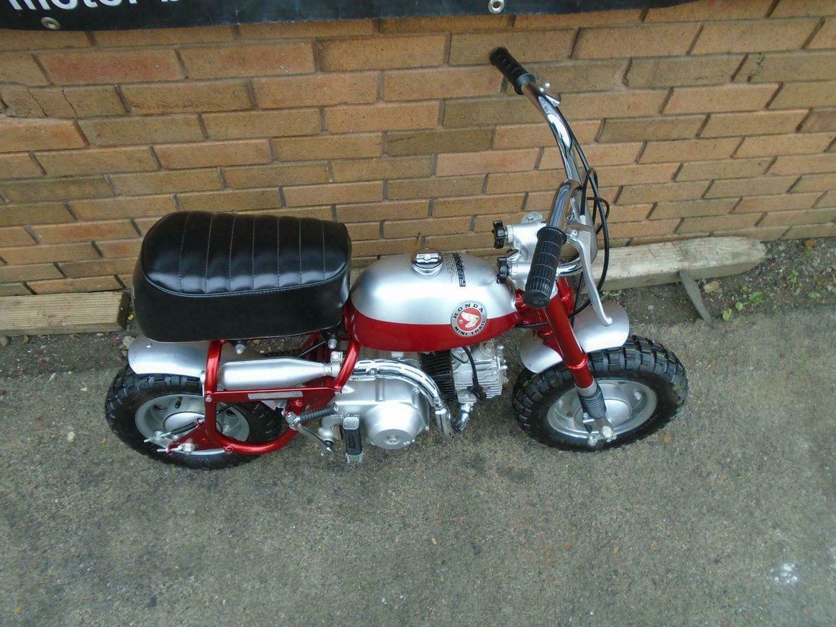 1969 HONDA Z50A K0 MINI TRAIL CANDY RED FULLY RESTORED SOLD (picture 6 of 6)