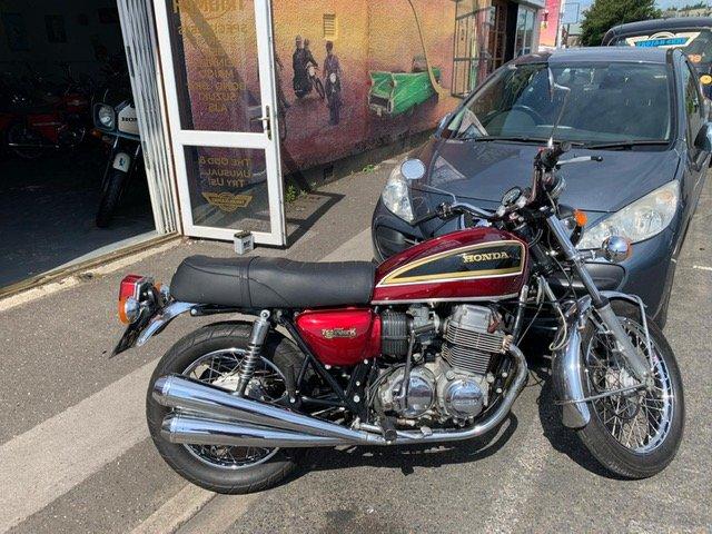 1977 HONDA CB750 classic suoer bike For Sale (picture 1 of 6)