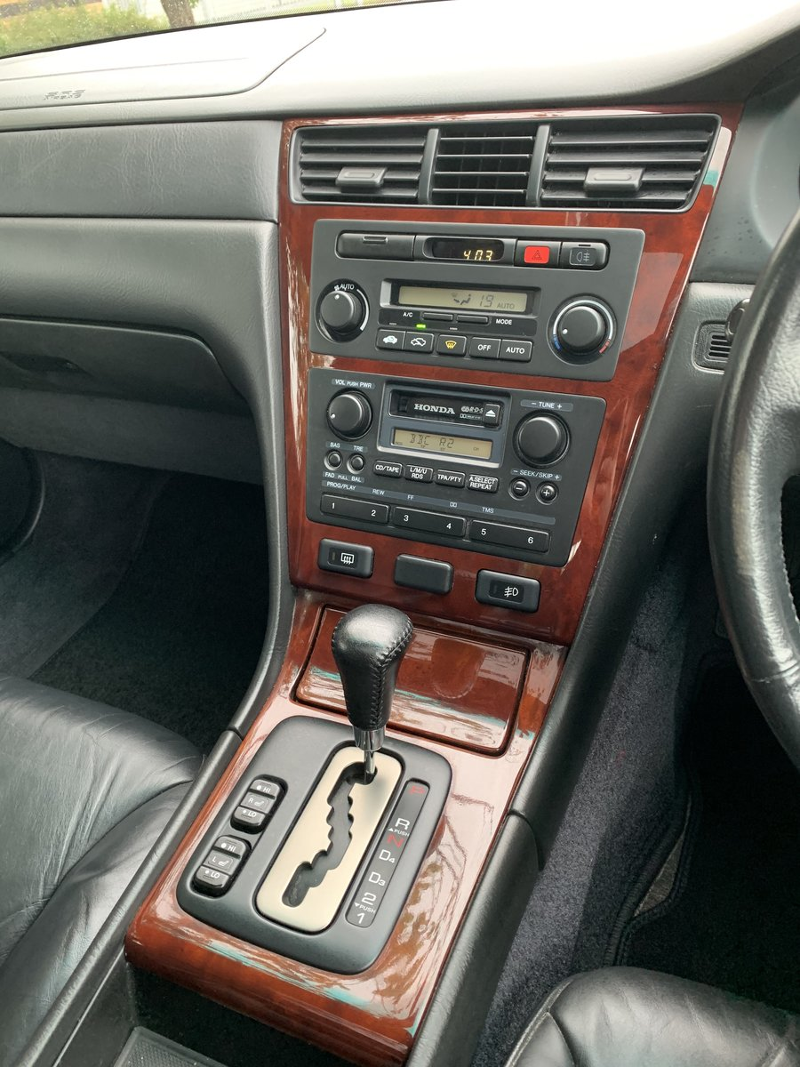2003 Honda legend with full service honda history For Sale (picture 4 of 6)