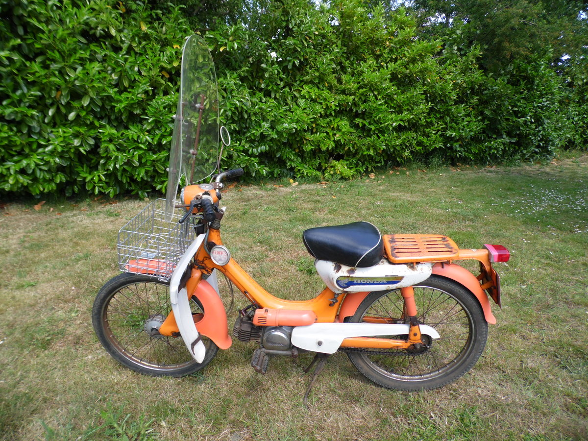 1974 Honda pc50 with rare additions and private plate For Sale (picture 1 of 6)
