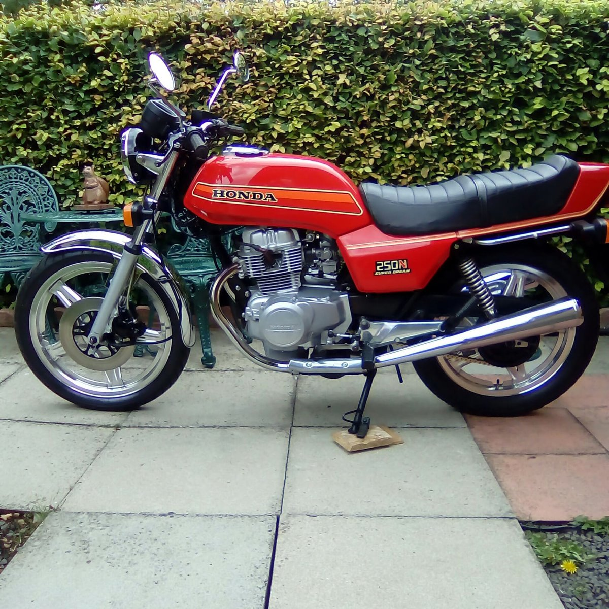 1982 Honda Superdream 12 months mot SOLD (picture 1 of 6)