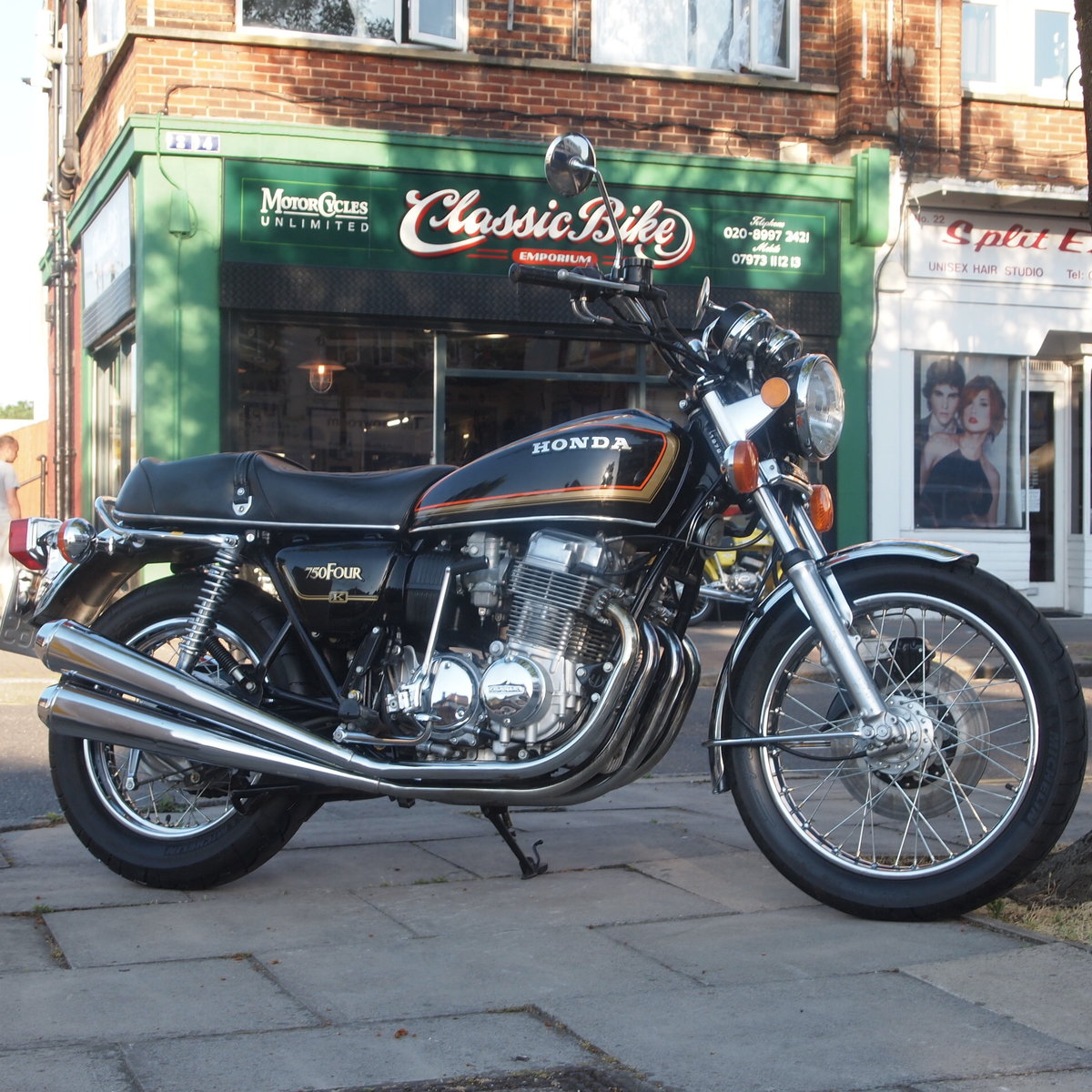 1978 Honda CB750 K8 5703 Miles, RESERVED FOR LOUIS & ANTOINETTE. SOLD (picture 5 of 6)