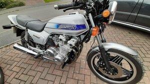 Motorcycle cb 900 fa